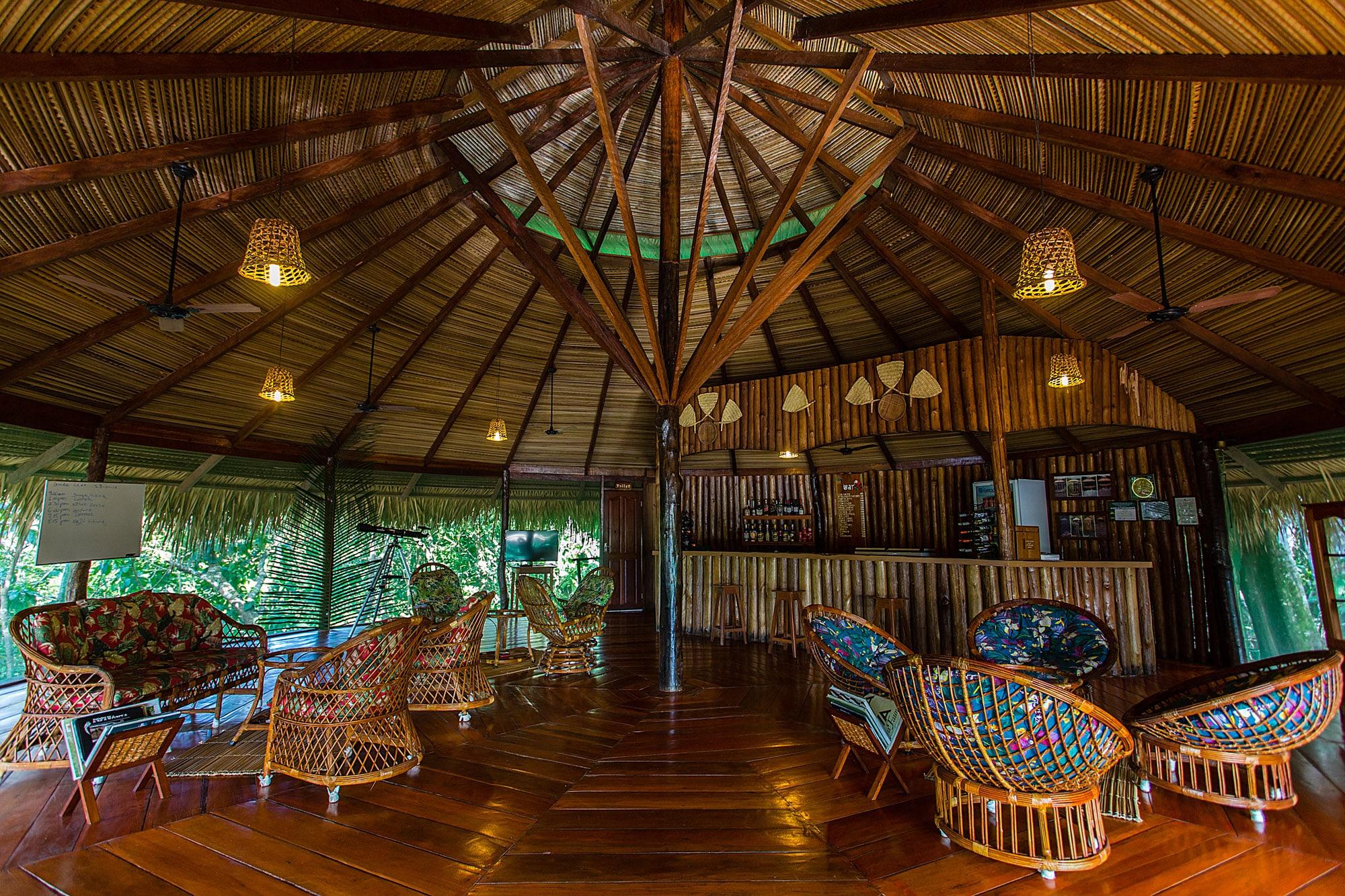 Juma Lodge Area de Leitura