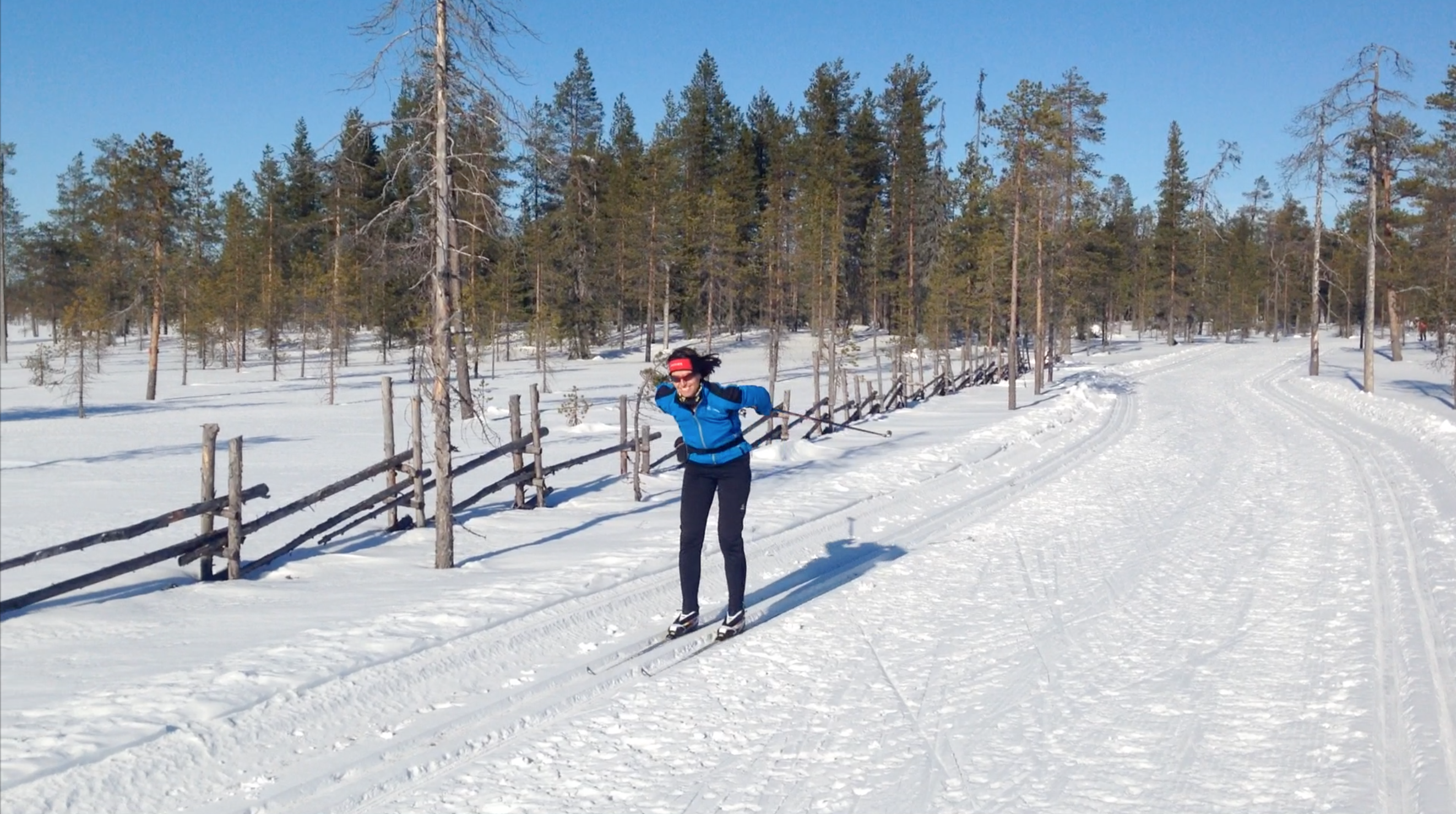 Finnland Hütte zu Hütte 01