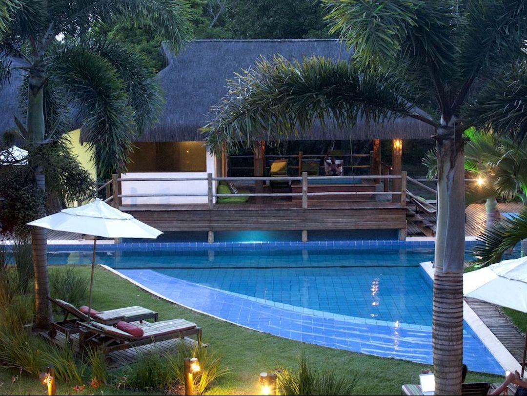 Vila do Dengo Pool